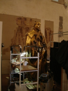 La gente del Louvre restaurando un Donatello | Galeria Ufizzi | Florencia
